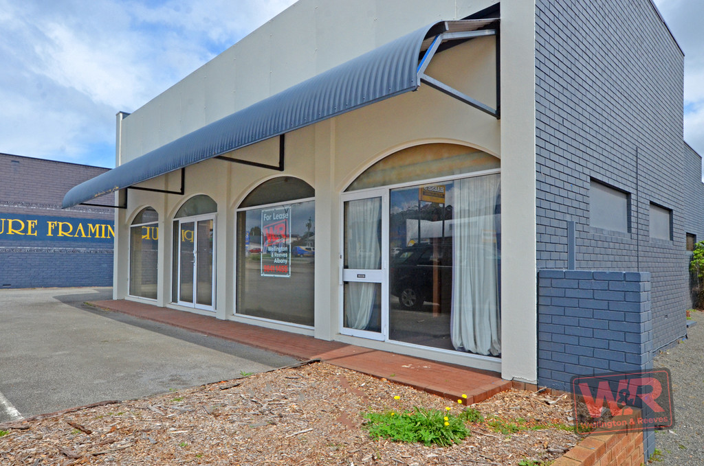 Property comsale in CENTENNIAL PARK
