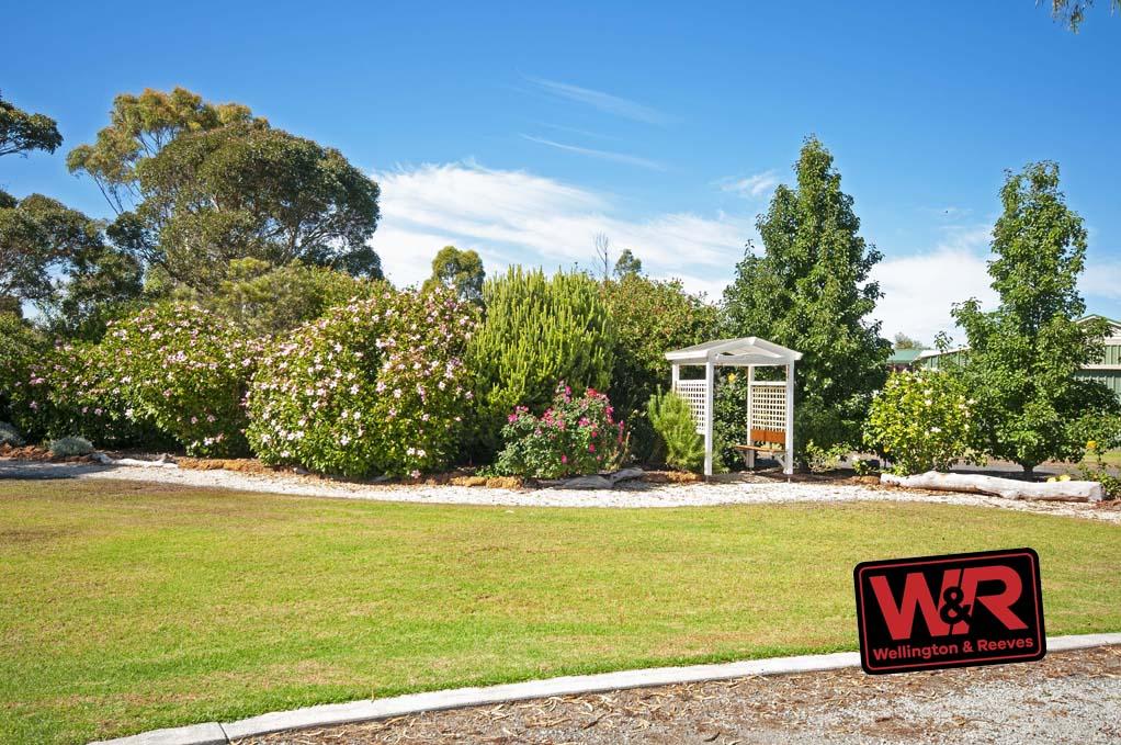 Property resrent in WARRENUP