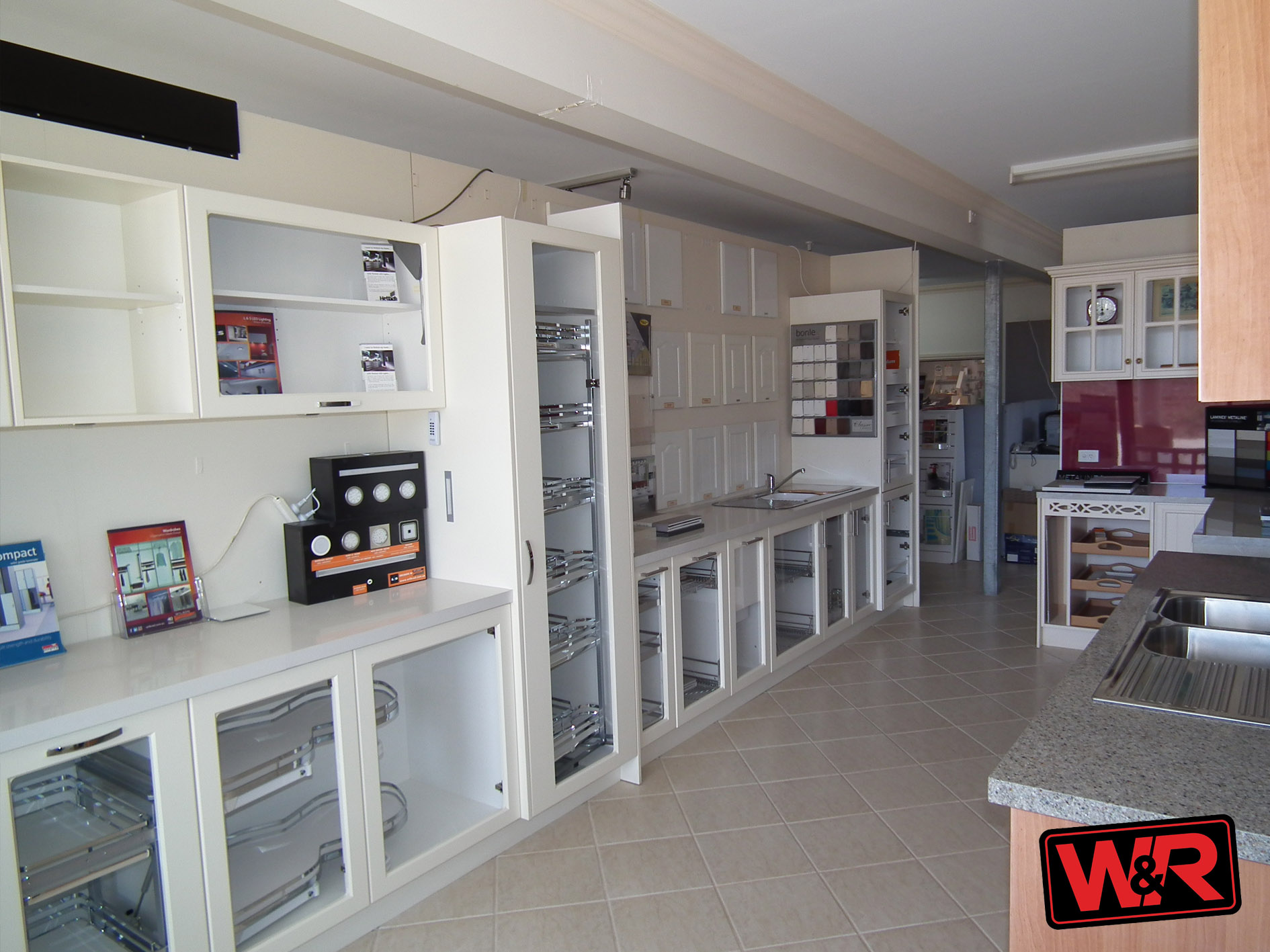 Property comlease in WILLYUNG