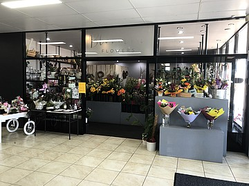 Shop 8, Spencer Park Shopping Centre