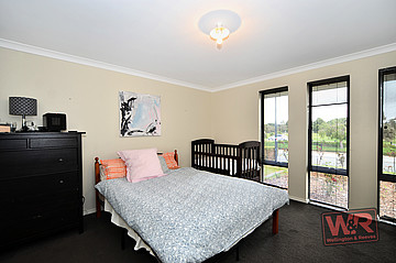 Property ressale in BAYONET HEAD