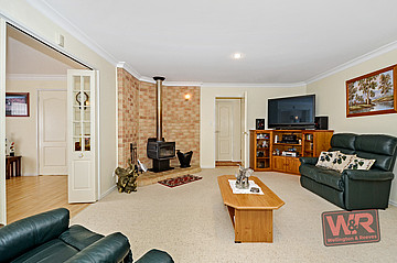 Property ressale in LITTLE GROVE