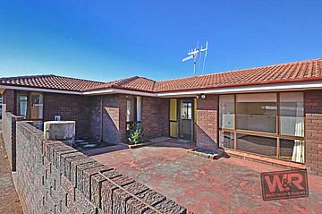 Property resrent in LITTLE GROVE