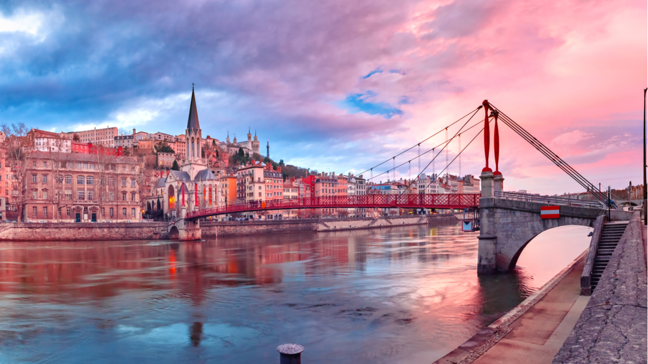 8 Day Burgundy, the River Rhône & Provence River Cruise for Solo Travellers