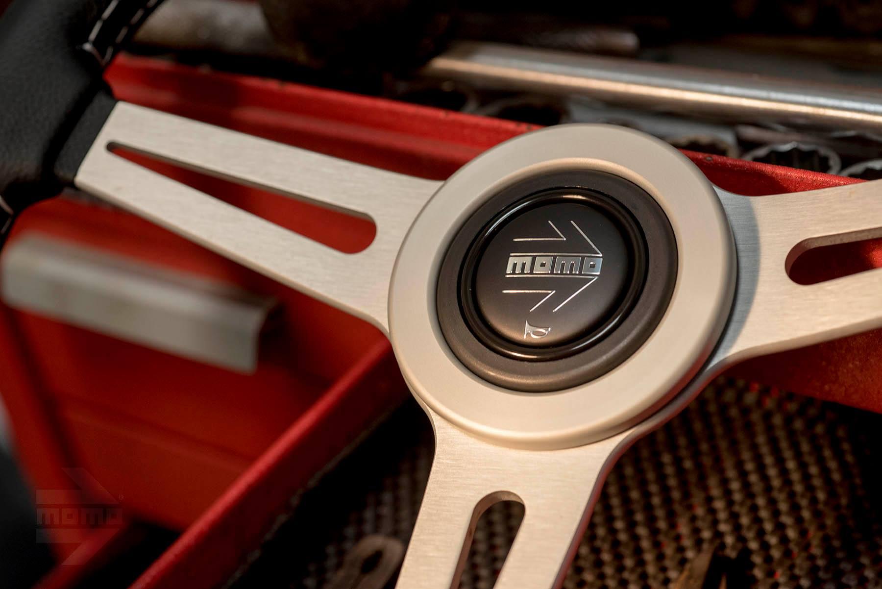Momo Retro Steering Wheel