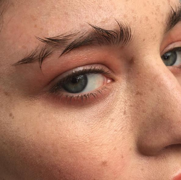Barbed Wire Eyebrows Are The New Feathered Brow Vogue Australia