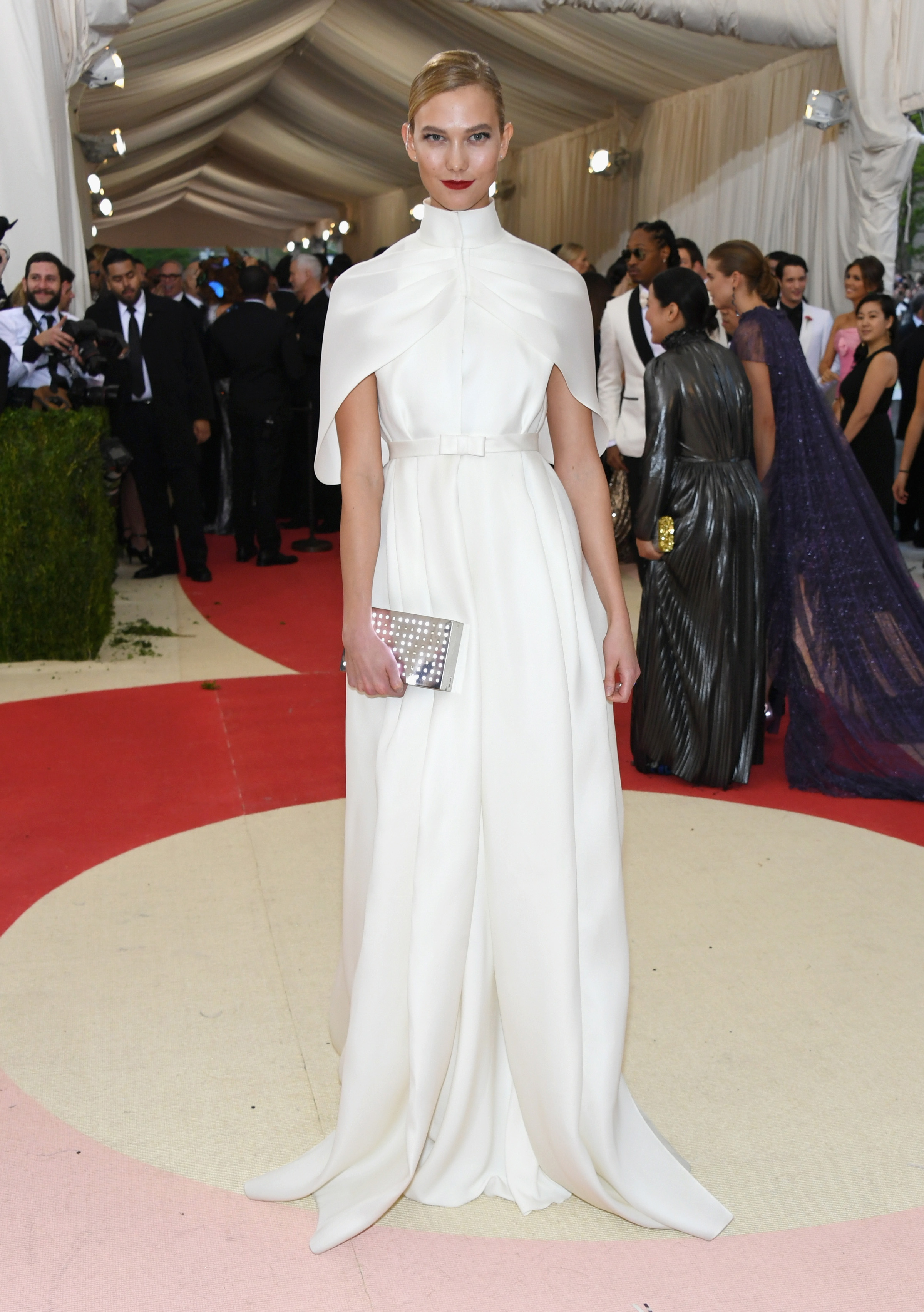 What To Wear When The Dress Code Says White Tie Vogue Australia
