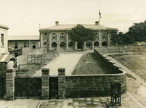Fort St Girls' High School - Princes St [Public School at time of photograph] [Rocks Resumption photographic survey]