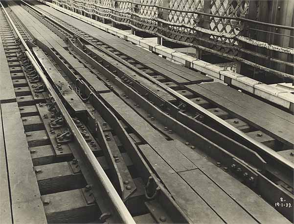 Main Span - Rail Expansion Joint   NSW State Archives