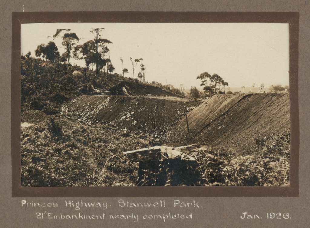 1 Princes Highway. Stanwell Park. 21' [foot] Embankment nearly completed.