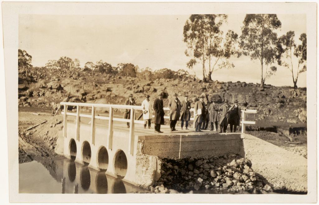 L12 - Rylstone Shire the Tong Bong bridge 1926