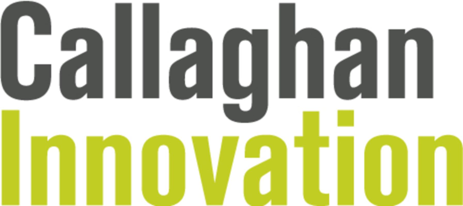 Callaghan logo 2013 vert rgb