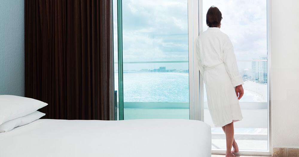 Hotel room pro