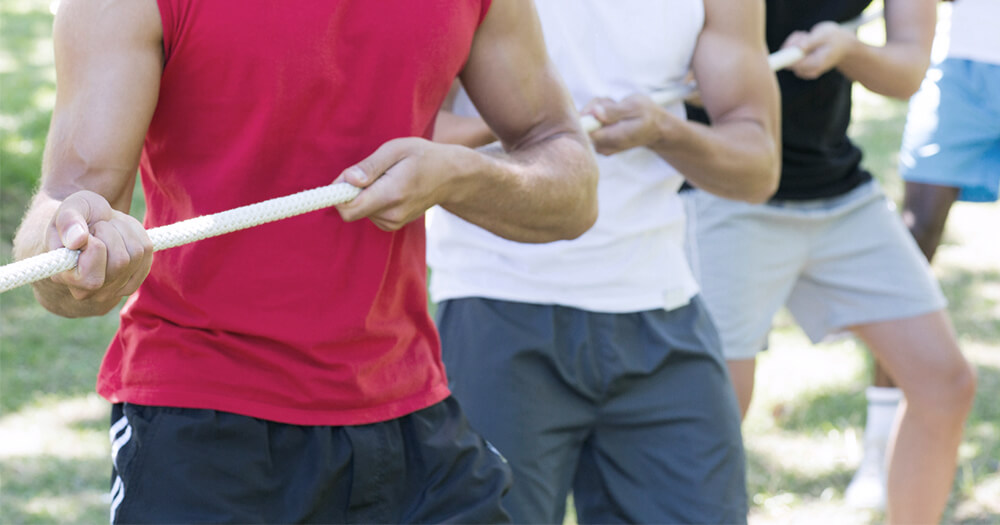 personal trainer competition - tug of war