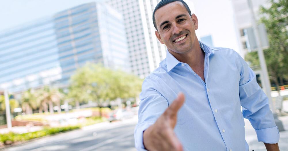 Real estate agent handshake provides top business tips