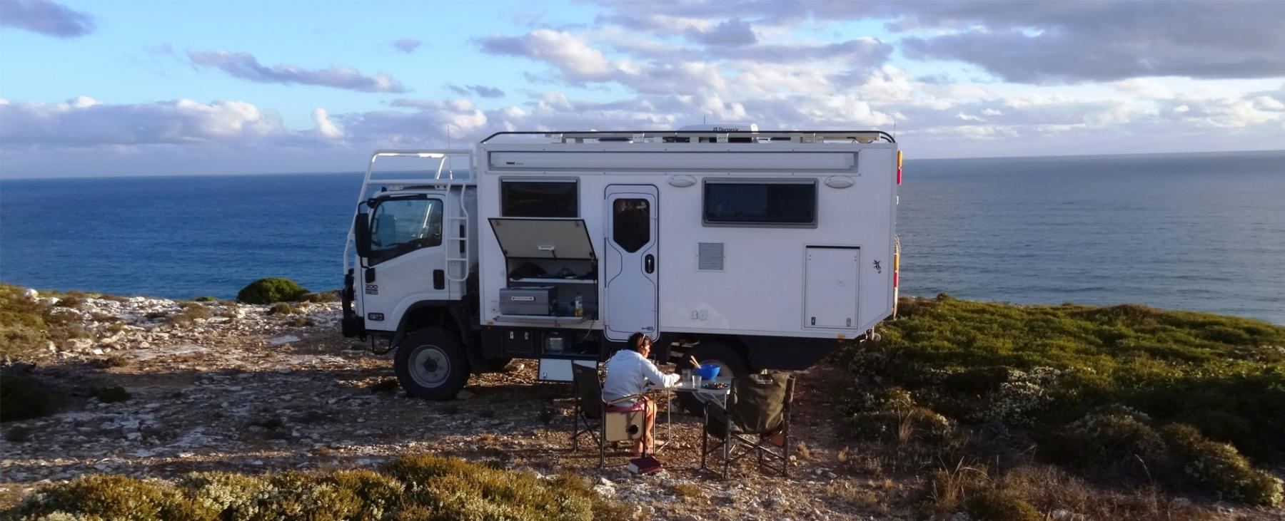 Adventurer 4x4 | Luxury 4x4 Motorhome | SLRV Expedition Vehicles
