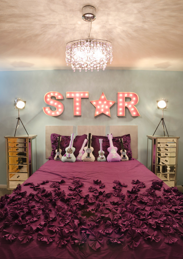 Be a star in this rockstar themed bedroom with an amazing designed ...