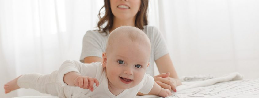 7 Interesting Tips To Understand Your Baby's Body Language