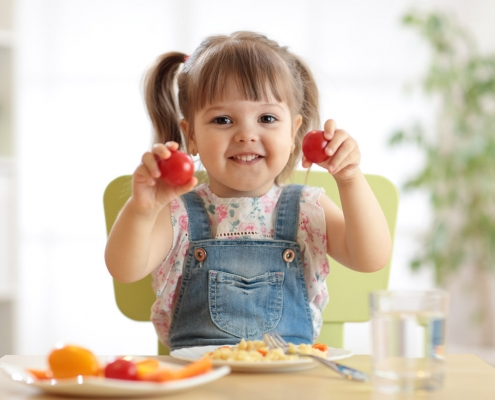 7 Tricks to Get Your Toddler to Eat His Veggies