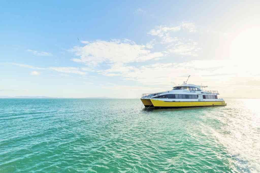 SeaLink ferry to Magnetic Island