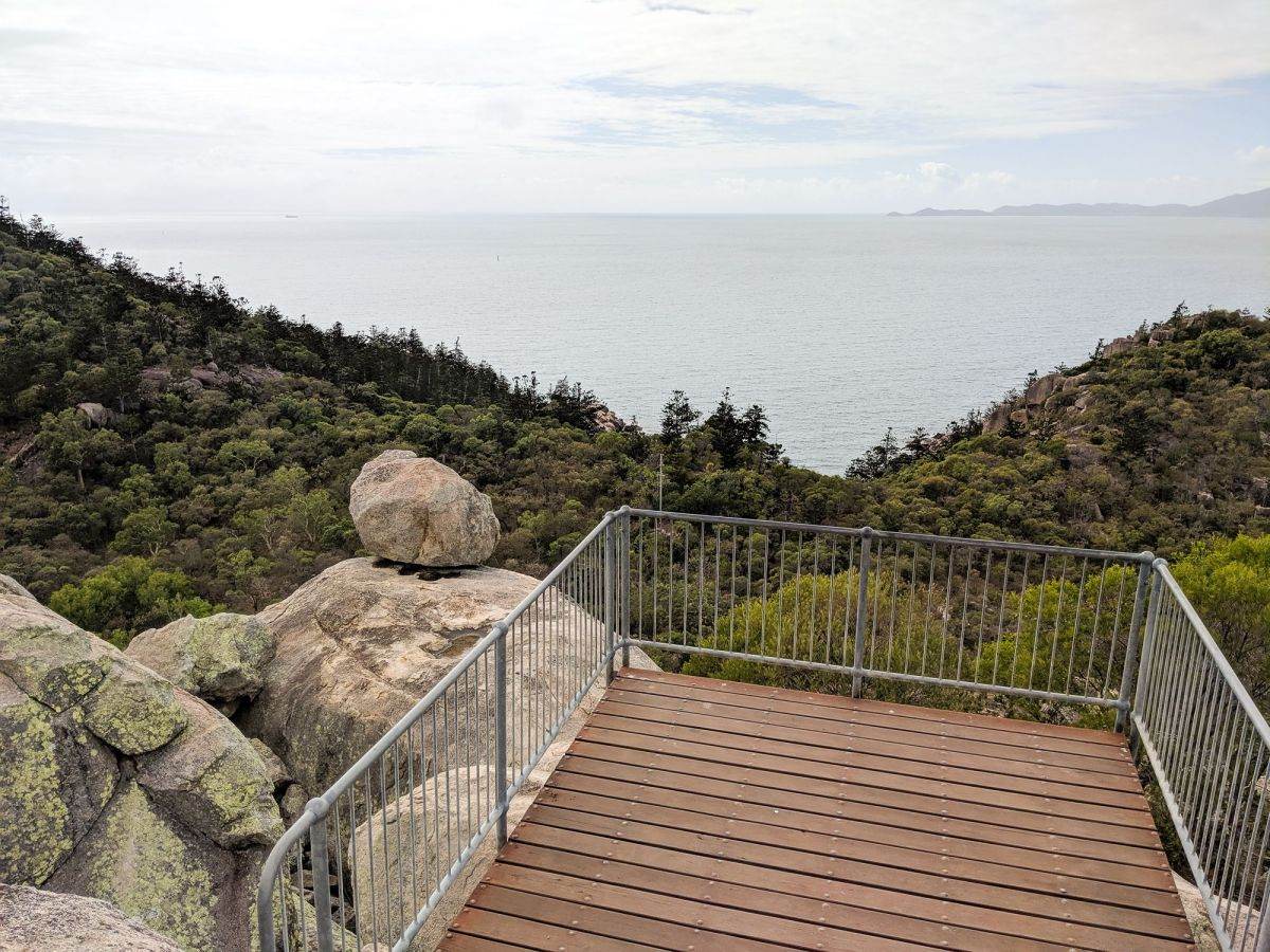 Spinx lookout, Magnetic Island (c) Wanderstories