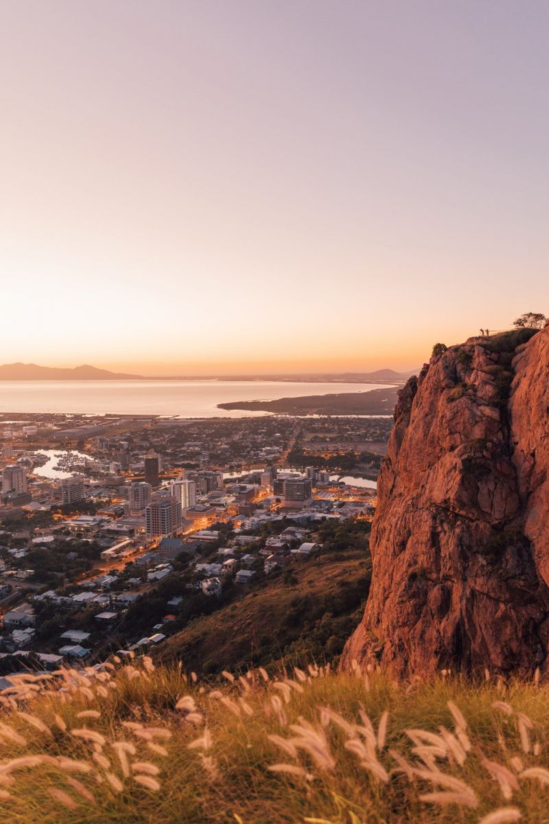 Castle Hill, Townsville by @mycolourfulworld_
