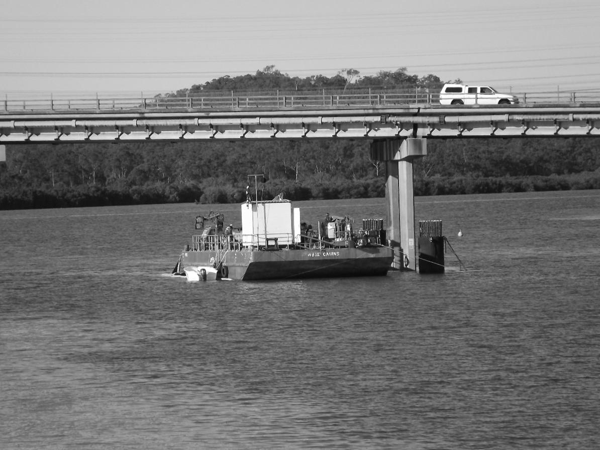 Assist Pile Reconstruction of Calliope Bridge