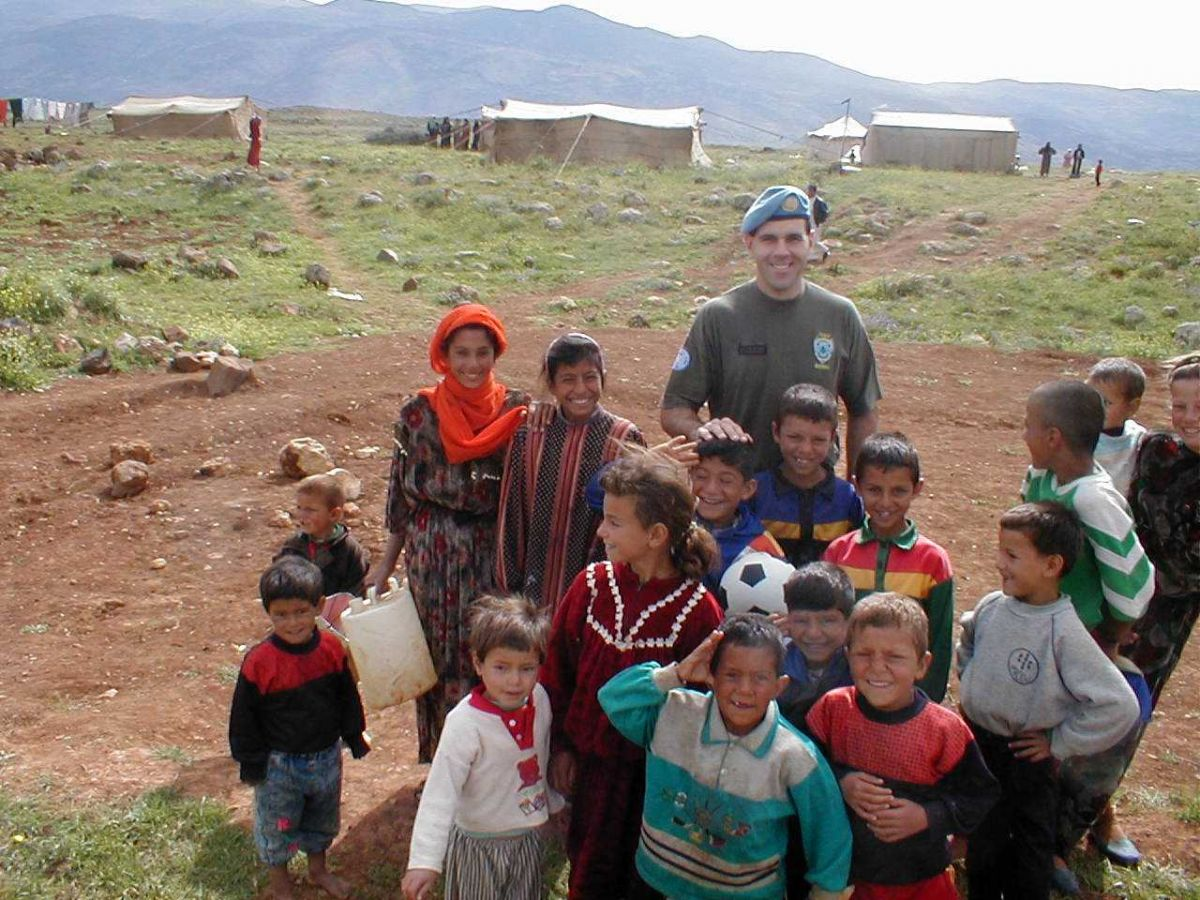 Dr Bob Worswick serving in South Lebanon (2002)