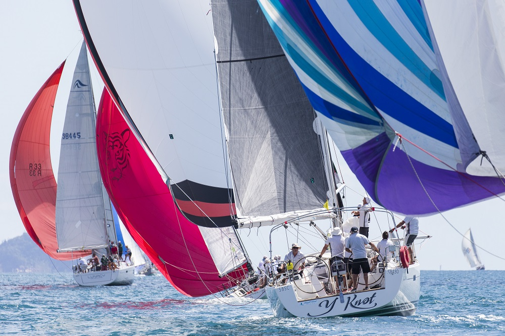 The Hanse bridgade - Y Knot chases Lunacy -  Photo Credit Andrea Francolini