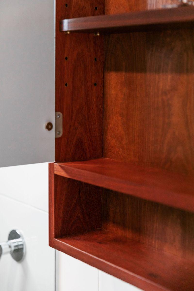 Vanity & Shaving Cabinet