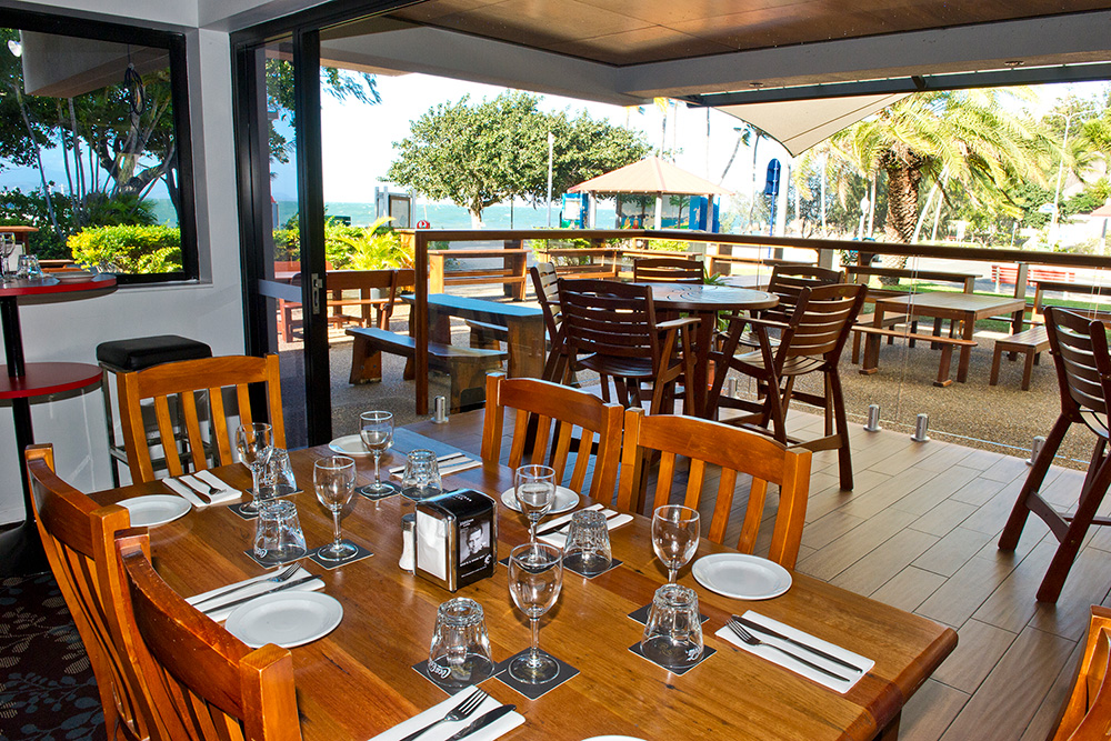 Al fresco dining or air-conditioned comfort ...the choice is yours!
