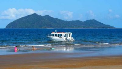 Best time to visit Dunk Island is in November