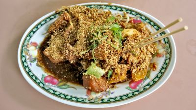 Rojak, Singaporean favourite dish. Ingredients: 1. turnip 2. cucumber 3. pineapple 4. mango 5. chinese dough fritters; 油条 6. beancurd puffs; 豆卜 7. bean sprouts 8. cutterfish 9. Rojak sauce:       (fermented prawn paste,   calamansi lime, sugar, ginger flower bud, tamarind,toasted peanuts spread over).