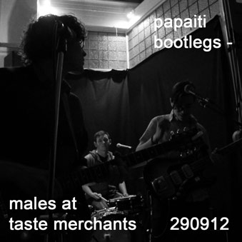 Males live at taste merchants 290912