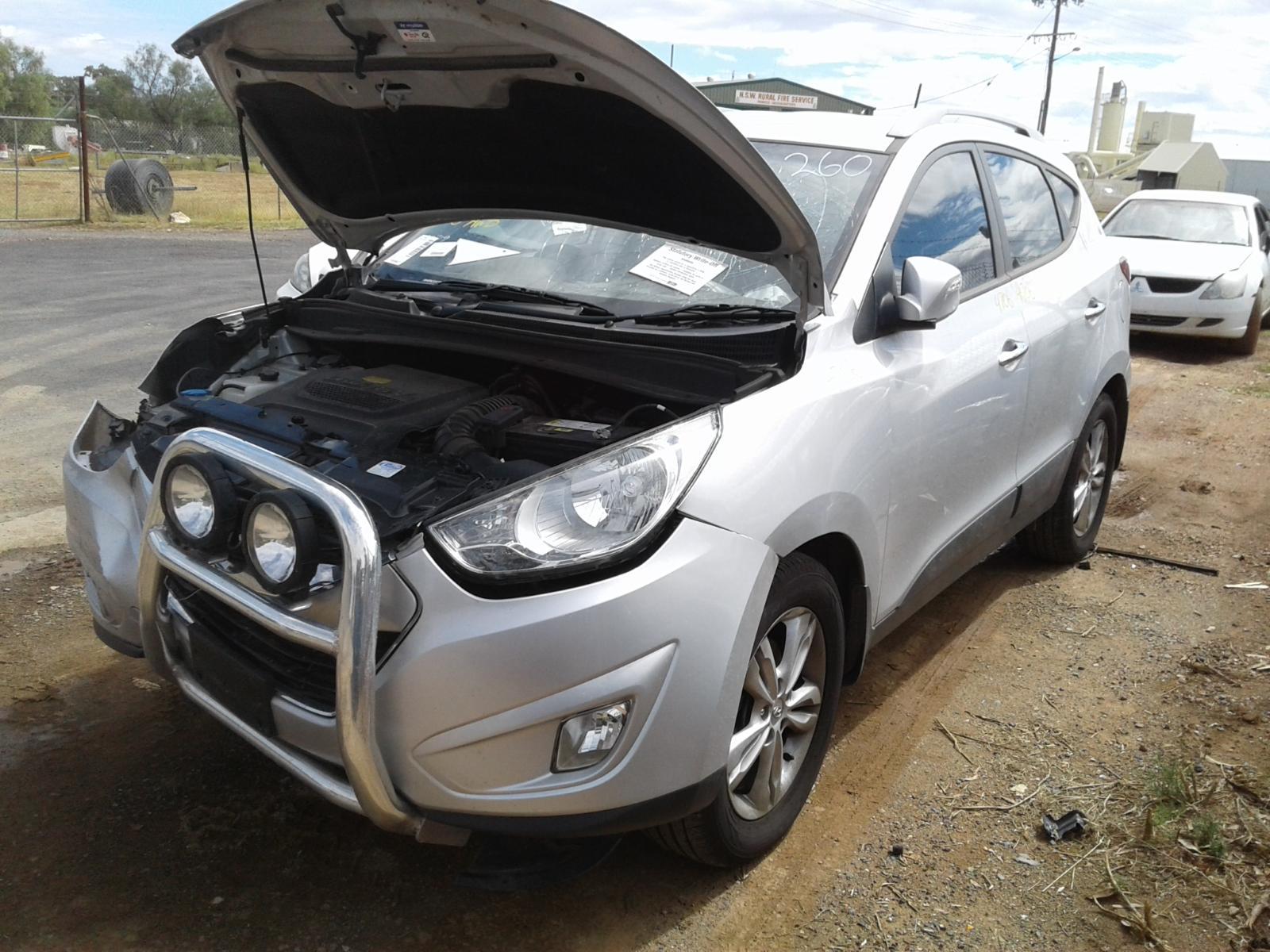 view auto part radio/cd/dvd/sat/tv hyundai ix35 2012