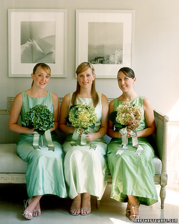 wa101825 win06 09 xl Mismatched Bridesmaids