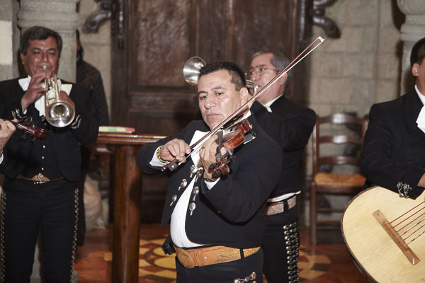 dana-and-raul-mexico-wedding-035