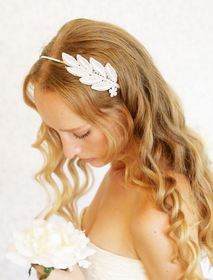 Little white dresser wedding hair010 Little White Dresser
