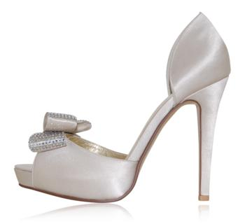 peppetoe shoes bridal shoes003 Peeptoe Shoes Bridal Collection