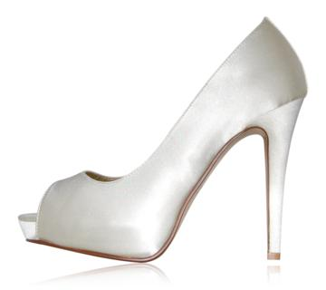 peppetoe shoes bridal shoes011 Peeptoe Shoes Bridal Collection