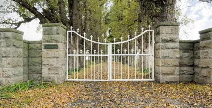 Secret-Garden-Southern-Highlands-Terrara-House-Estate