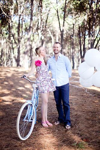 chalkboard sweet engagement shoot001 Chalkboard Sweet Engagement Shoot