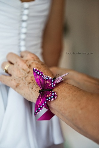 luci-cameron-butterfly-wedding05
