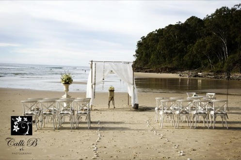 The girls have styled this gorgeous beach side wedding with fresh rustic