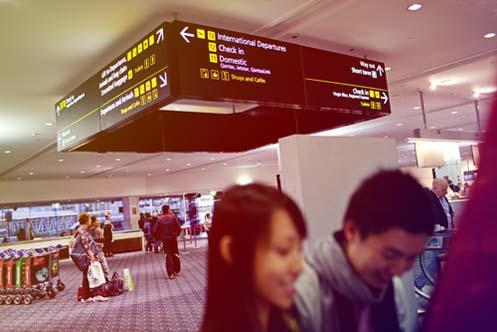 dave-li-sydney-airport-engagement026