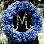 a100448_win04_wreath_l