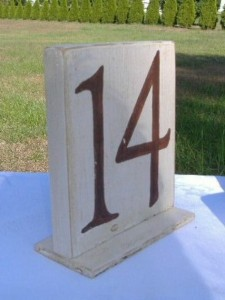 etsy-__-funkifolkart-__-sample-wooden-wedding-party-reception-table-numbers