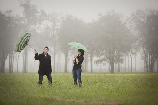 rainy day engagement shoot06 Fiona and Dylan A Rainy Day Engagement