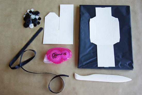 button box materials Button Cookie And Favor Box Tutorial