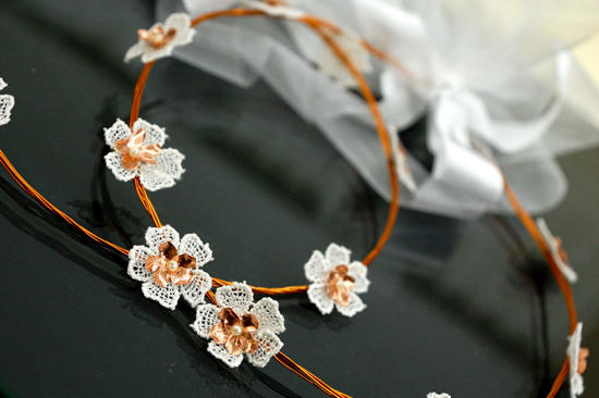 stefana apo halko dantela perla organtza 1 Crowning Glory The History Behind the Wedding Crown